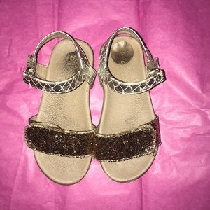 Other - Sparkly gold sandals.